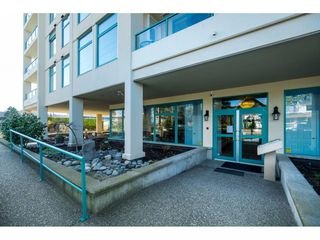 "Photo 3: 604 15466 NORTH BLUFF Road: White Rock Condo for sale in ""THE SUMMIT"" (South Surrey White Rock)  : MLS®# R2420204"
