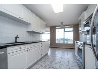 "Photo 5: 604 15466 NORTH BLUFF Road: White Rock Condo for sale in ""THE SUMMIT"" (South Surrey White Rock)  : MLS®# R2420204"