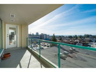 "Photo 2: 604 15466 NORTH BLUFF Road: White Rock Condo for sale in ""THE SUMMIT"" (South Surrey White Rock)  : MLS®# R2420204"