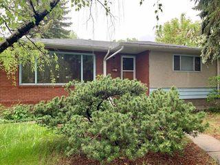 Photo 1: 10608 75 Street in Edmonton: Zone 19 House for sale : MLS®# E4203386
