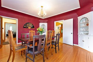 """Photo 6: 412 THIRD Avenue in New Westminster: Queens Park House for sale in """"Queens Park"""" : MLS®# R2470771"""