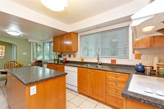 """Photo 10: 412 THIRD Avenue in New Westminster: Queens Park House for sale in """"Queens Park"""" : MLS®# R2470771"""