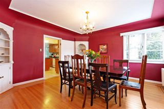 """Photo 5: 412 THIRD Avenue in New Westminster: Queens Park House for sale in """"Queens Park"""" : MLS®# R2470771"""
