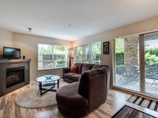 """Photo 2: 127 8915 202 Street in Langley: Walnut Grove Condo for sale in """"THE HAWTHORNE"""" : MLS®# R2474456"""