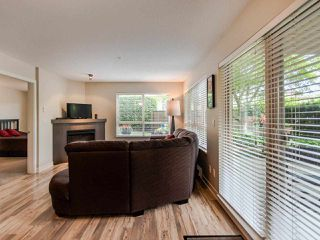 """Photo 3: 127 8915 202 Street in Langley: Walnut Grove Condo for sale in """"THE HAWTHORNE"""" : MLS®# R2474456"""