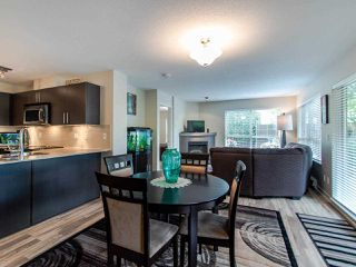 """Photo 4: 127 8915 202 Street in Langley: Walnut Grove Condo for sale in """"THE HAWTHORNE"""" : MLS®# R2474456"""