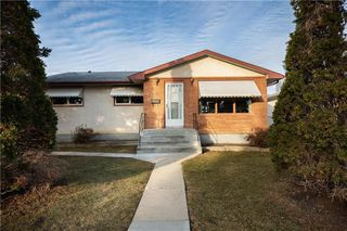 Photo 30: 815 Waverley Street in Winnipeg: River Heights Residential for sale (1D)  : MLS®# 202026053