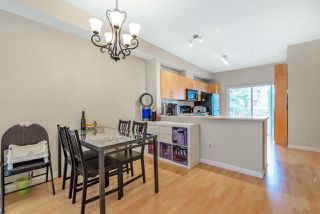 "Photo 3: 94 935 EWEN Avenue in New Westminster: Queensborough Townhouse for sale in ""COOPERS LANDING"" : MLS®# R2404335"