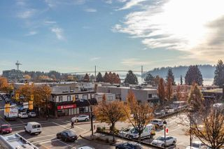 """Photo 4: 206 550 17TH Street in West Vancouver: Ambleside Townhouse for sale in """"THE HOLLYBURN"""" : MLS®# R2419647"""