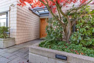 """Photo 20: 206 550 17TH Street in West Vancouver: Ambleside Townhouse for sale in """"THE HOLLYBURN"""" : MLS®# R2419647"""