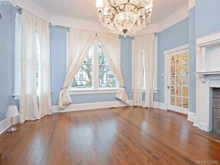 Photo 3: 731 Vancouver St in VICTORIA: Vi Downtown House for sale (Victoria)  : MLS®# 833167