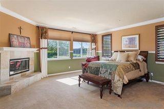 Photo 16: NORTH ESCONDIDO House for sale : 4 bedrooms : 10515 Laurel Path in Escondido