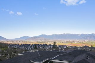 "Photo 18: 16 47315 SYLVAN Drive in Chilliwack: Promontory Townhouse for sale in ""SPECTRUM"" (Sardis)  : MLS®# R2438096"