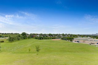 Photo 39: 20 140 STRATHAVEN Circle SW in Calgary: Strathcona Park Semi Detached for sale : MLS®# C4306034