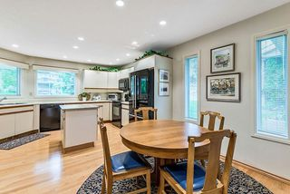 Photo 9: 20 140 STRATHAVEN Circle SW in Calgary: Strathcona Park Semi Detached for sale : MLS®# C4306034