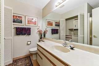 Photo 17: 20 140 STRATHAVEN Circle SW in Calgary: Strathcona Park Semi Detached for sale : MLS®# C4306034