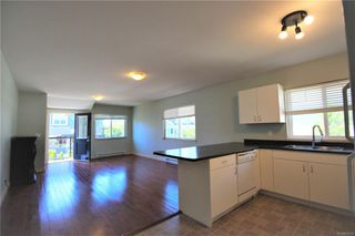 Photo 4: 580 Niagara St in : Vi James Bay Quadruplex for sale (Victoria)  : MLS®# 854236