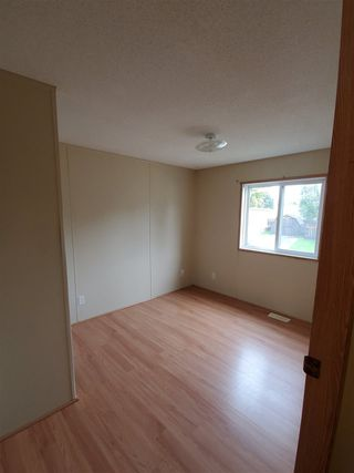 Photo 10: 406 Westview Close in Edmonton: Zone 59 Mobile for sale : MLS®# E4214169