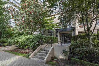 "Photo 3: 1000 9300 UNIVERSITY Crescent in Burnaby: Simon Fraser Univer. Condo for sale in ""ONE UNIVERSITY"" (Burnaby North)  : MLS®# R2511508"