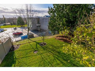 "Photo 34: 232 13900 HYLAND Road in Surrey: East Newton Townhouse for sale in ""Hyland Grove"" : MLS®# R2519167"