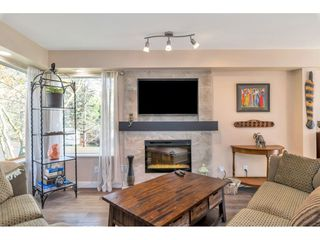 "Photo 3: 232 13900 HYLAND Road in Surrey: East Newton Townhouse for sale in ""Hyland Grove"" : MLS®# R2519167"