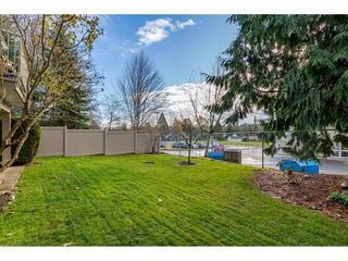 "Photo 35: 232 13900 HYLAND Road in Surrey: East Newton Townhouse for sale in ""Hyland Grove"" : MLS®# R2519167"