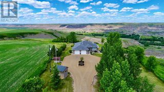 Photo 1: 750 Monarch  Hill in Drumheller: House for sale : MLS®# A1051022