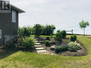 Photo 10: 750 Monarch  Hill in Drumheller: House for sale : MLS®# A1051022