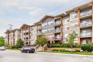Main Photo: 216 20219 54A Avenue in Langley: Langley City Condo for sale : MLS®# R2391809