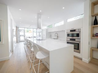 Photo 7: 10546 129 Street in Edmonton: Zone 07 House for sale : MLS®# E4172423