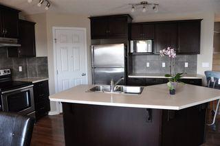 Photo 6: 1429 HAYS Way in Edmonton: Zone 58 House for sale : MLS®# E4179115