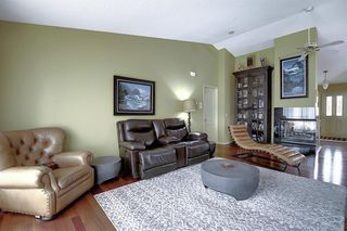 Photo 10: 22 EVERGREEN Bay SW in Calgary: Evergreen Detached for sale : MLS®# A1033226
