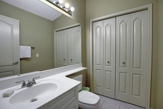 Photo 18: 22 EVERGREEN Bay SW in Calgary: Evergreen Detached for sale : MLS®# A1033226