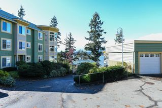 Photo 36: 201 2275 Comox Ave in : CV Comox (Town of) Condo for sale (Comox Valley)  : MLS®# 858232