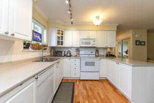 Photo 18: 201 2275 Comox Ave in : CV Comox (Town of) Condo for sale (Comox Valley)  : MLS®# 858232