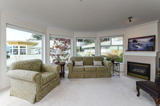 Photo 14: 201 2275 Comox Ave in : CV Comox (Town of) Condo for sale (Comox Valley)  : MLS®# 858232