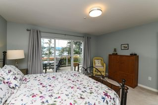 Photo 8: 201 2275 Comox Ave in : CV Comox (Town of) Condo for sale (Comox Valley)  : MLS®# 858232