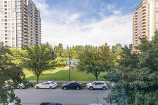 """Photo 4: 308 3520 CROWLEY Drive in Vancouver: Collingwood VE Condo for sale in """"MILLENIO"""" (Vancouver East)  : MLS®# R2511750"""