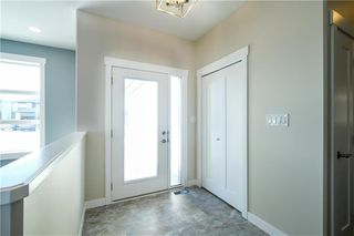 Photo 2: 27 Hawthorne Way in Niverville: Fifth Avenue Estates Residential for sale (R07)  : MLS®# 202026983