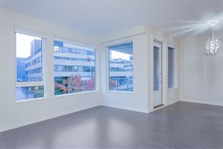 """Photo 7: 122 255 W 1ST Street in North Vancouver: Lower Lonsdale Condo for sale in """"West Quay"""" : MLS®# R2515636"""