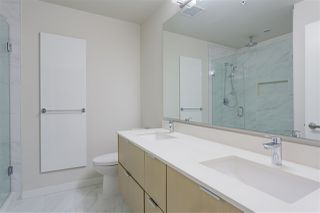 """Photo 13: 122 255 W 1ST Street in North Vancouver: Lower Lonsdale Condo for sale in """"West Quay"""" : MLS®# R2515636"""