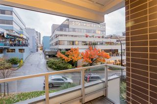 """Photo 18: 122 255 W 1ST Street in North Vancouver: Lower Lonsdale Condo for sale in """"West Quay"""" : MLS®# R2515636"""
