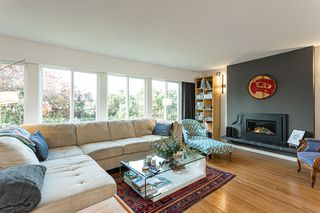 Photo 2: 7560 winchelsea Crescent in : Quilchena House for sale (Richmond)  : MLS®# R2515232