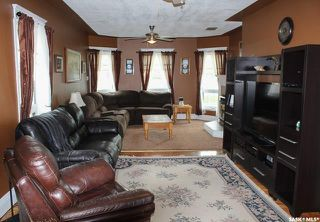 Photo 4: 520 1st Street in North Portal: Residential for sale : MLS®# SK838824