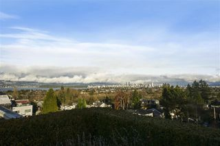 """Photo 2: 102 3595 W 18TH Avenue in Vancouver: Dunbar Townhouse for sale in """"Duke on Dunbar"""" (Vancouver West)  : MLS®# R2528150"""