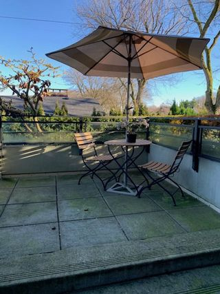 """Photo 10: 102 3595 W 18TH Avenue in Vancouver: Dunbar Townhouse for sale in """"Duke on Dunbar"""" (Vancouver West)  : MLS®# R2528150"""