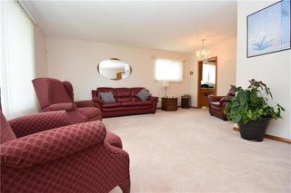 Photo 2: 90 Arrowwood Drive in Winnipeg: Garden City Residential for sale (4G)  : MLS®# 1924503