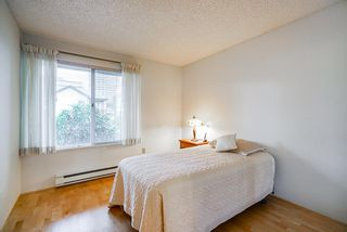 """Photo 13: 201 3 K DE K Court in New Westminster: Quay Condo for sale in """"Quayside Terrace"""" : MLS®# R2413144"""