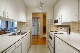 """Photo 10: 201 3 K DE K Court in New Westminster: Quay Condo for sale in """"Quayside Terrace"""" : MLS®# R2413144"""