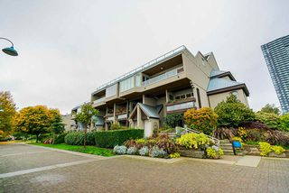 """Main Photo: 201 3 K DE K Court in New Westminster: Quay Condo for sale in """"Quayside Terrace"""" : MLS®# R2413144"""